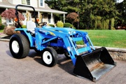 2009 New Holland T1510 & 110TL loader,  117 hrs