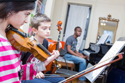 Violin Classes Near Me For Adults- 7 Notes Yamaha Music School